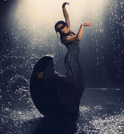 dance-in-the-rain,-black-dress,-wet-woman-245716