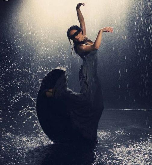 dance-in-the-rain,-black-dress,-wet-woman-245716